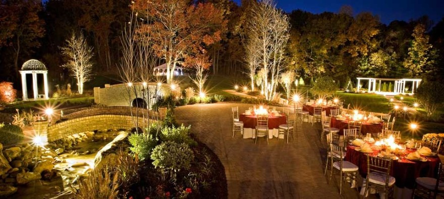 Attractive Ideas To Use Decors In Your Event
